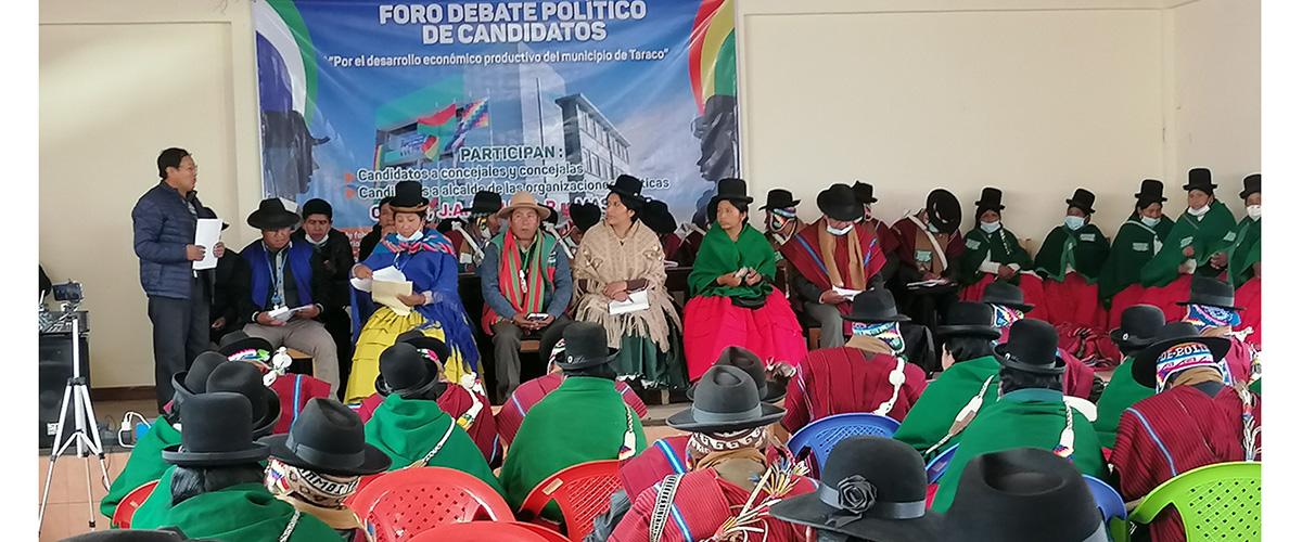 Foro político en Taraco plantea priorizar el desarrollo productivo integral