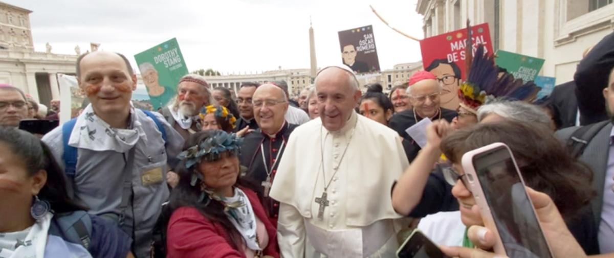 Sínodo Amazónico: Papa pide acercarse a pueblos originarios sin colonizaciones ideológicas