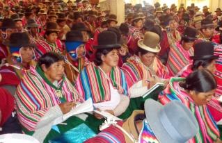 En Calamarca se forman líderes para el fortalecimiento de organizaciones sociales y comunitarias