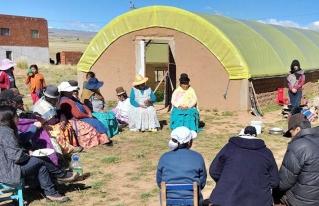 Mujeres del Altiplano buscan consolidar sus asociaciones productivas en torno a la economía solidaria