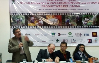 Productores e instituciones fortalecerán el Programa Nacional del Cacao a través de una Mesa Técnica