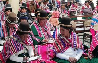 Mujeres de Calamarca deciden participar activamente en espacios orgánicos y políticos