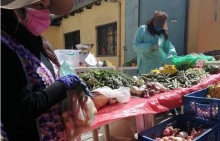 Pequeños productores en coordinación con instancias gubernamentales crean el mercado de la agricultura familiar en la ciudad de La Paz