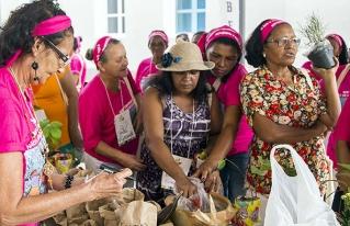 Especialistas plantean que la agroecología se construye desde los territorios y con la movilización social